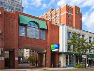 ‪Holiday Inn Express Toronto Downtown‬