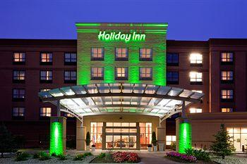 ‪Holiday Inn Madison at The American Center‬