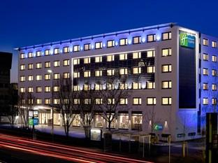 ‪Holiday Inn Express Stuttgart Airport‬