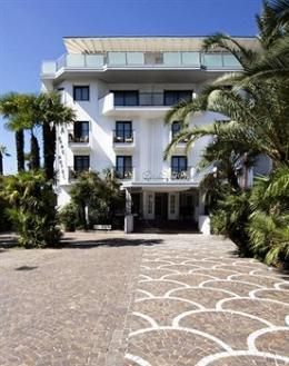 Photo of Parc Hotel Flora Riva Del Garda