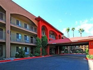 A Victory Inn & Suites Phoenix North
