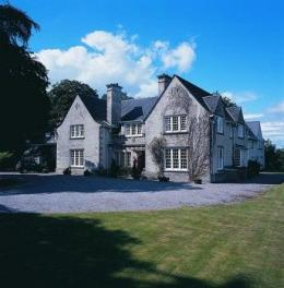 Knockomie Hotel