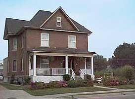 Rose Bed Inn Bed & Breakfast
