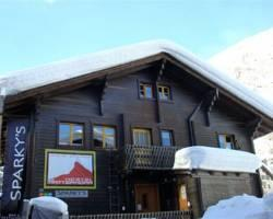 Matterhorn Hostel