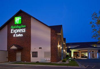 ‪Holiday Inn Express Watertown‬
