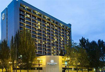 Photo of Doubletree by Hilton Portland
