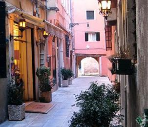Photo of Hotel Bartolomeo Venice