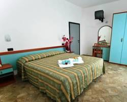 Photo of Hotel Vernel Marebello
