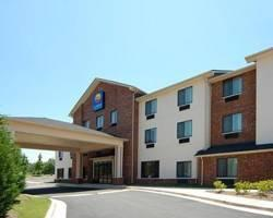 ‪Comfort Inn & Suites Buford‬