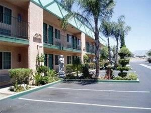 ‪Americas Best Value Inn & Suites-Fontana‬