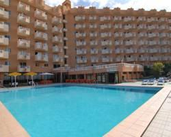 Apartamentos Caribe