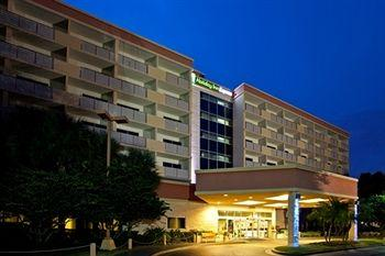 Holiday Inn Express Lake Buena Vista