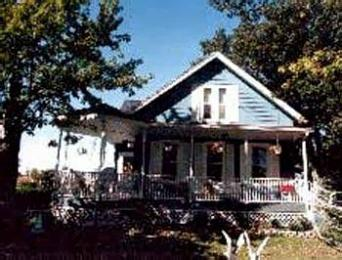 ‪The Big Oak Bed & Breakfast Country Inn‬
