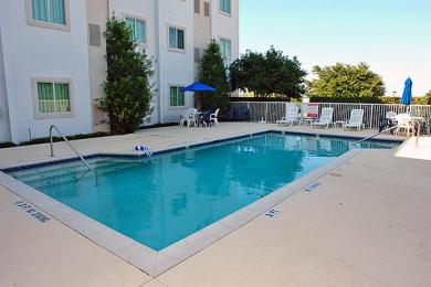 Photo of Motel 6 Dallas - Lewisville