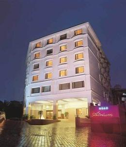 Photo of Abad Atrium Hotel Kochi