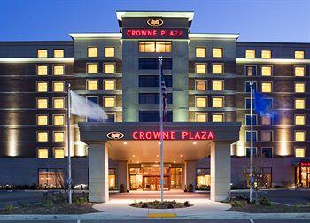 ‪Crowne Plaza Milwaukee West Hotel‬
