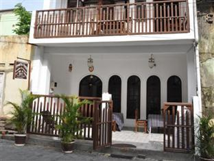 ‪Thenu Rest Guest House‬