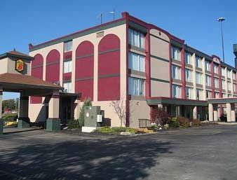 Super 8 Motel Erie