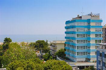 Photo of Hotel Cristallo Riccione