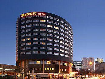 Photo of Mercure La Defense 5 Hotel Paris