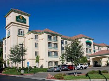 La Quinta Inn & Suites Santa Clarita - Valencia