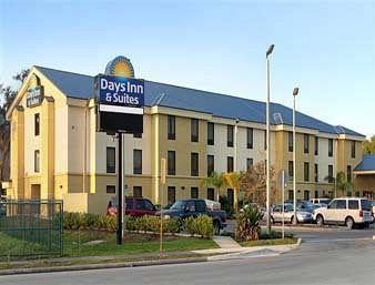 ‪Days Inn & Suites Lakeland‬