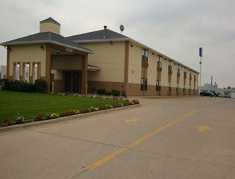 Photo of Baymont Inn &amp; Suites Morton