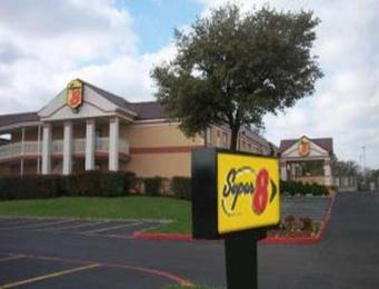 Photo of Super 8 Grand Prairie