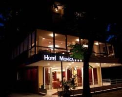 Hotel Monica