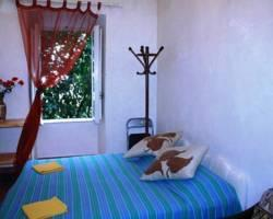 Flordeliza Central Guest House
