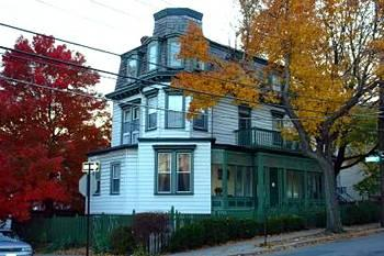 Fort Place Bed & Breakfast
