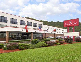 ‪Ramada Paintsville Hotel and Conference Center‬