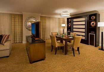 Toronto Airport Marriott Hotel