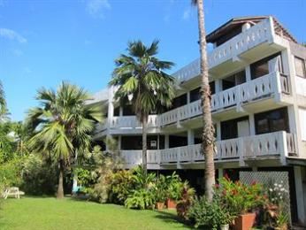Raina Beach Apartments