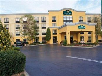 Photo of La Quinta Inn & Suites Clarksville