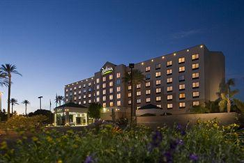 Radisson Hotel Phoenix Airport