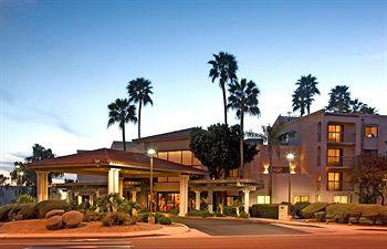 Scottsdale Thunderbird Suites