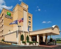 Photo of Holiday Inn Express Hotel LaGuardia Airport Flushing