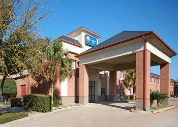 ‪Comfort Inn Near Plano Medical Center‬