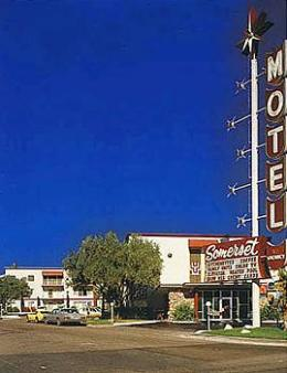 ‪Somerset House Motel‬