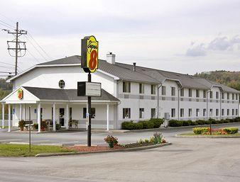‪Super 8 Clearfield‬