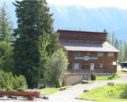Photo of The Wolfs Den Lodge Fernie
