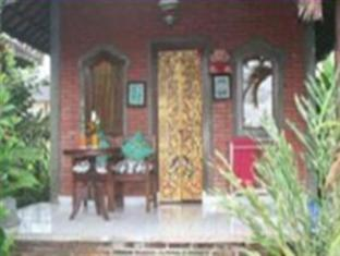 Ina Inn Bungalows