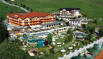 Photo of Hotel Oberforsthof Saint Johann im Pongau / Alpendorf