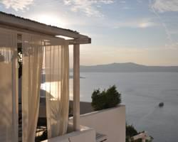 Porto Fira Suites