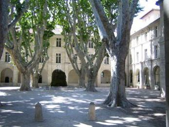 Photo of Hotel Cloitre Saint Louis Avignon