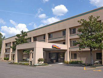 Photo of Baymont Inn & Suites Memphis East