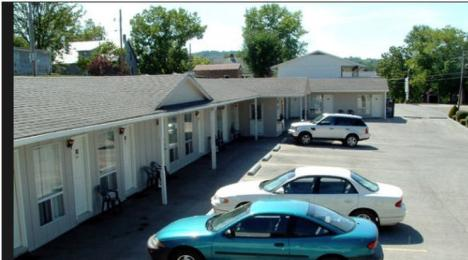 Photo of Hermann Motel