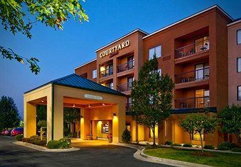 ‪Courtyard by Marriott Beckley‬