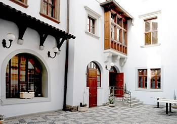 Jilska Residence Apartments